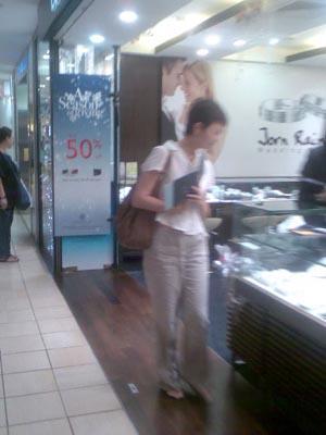Lee Hwa Jewelry Sale
